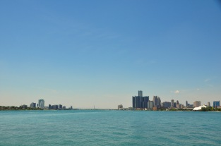 Detroit & Canada From Belle IsleWebLG