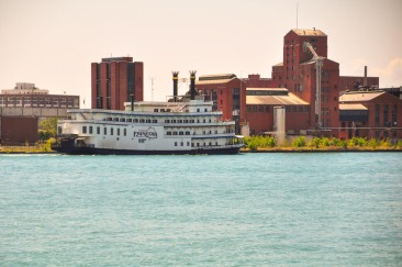 Detroit Princess RiverboatWebLG