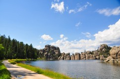 Needles Highway-Lake SlyvanWebLG