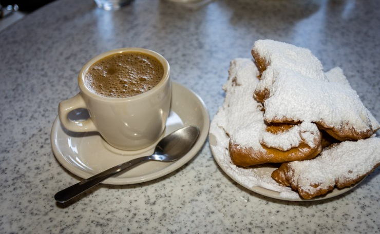 Coffee & Beignets